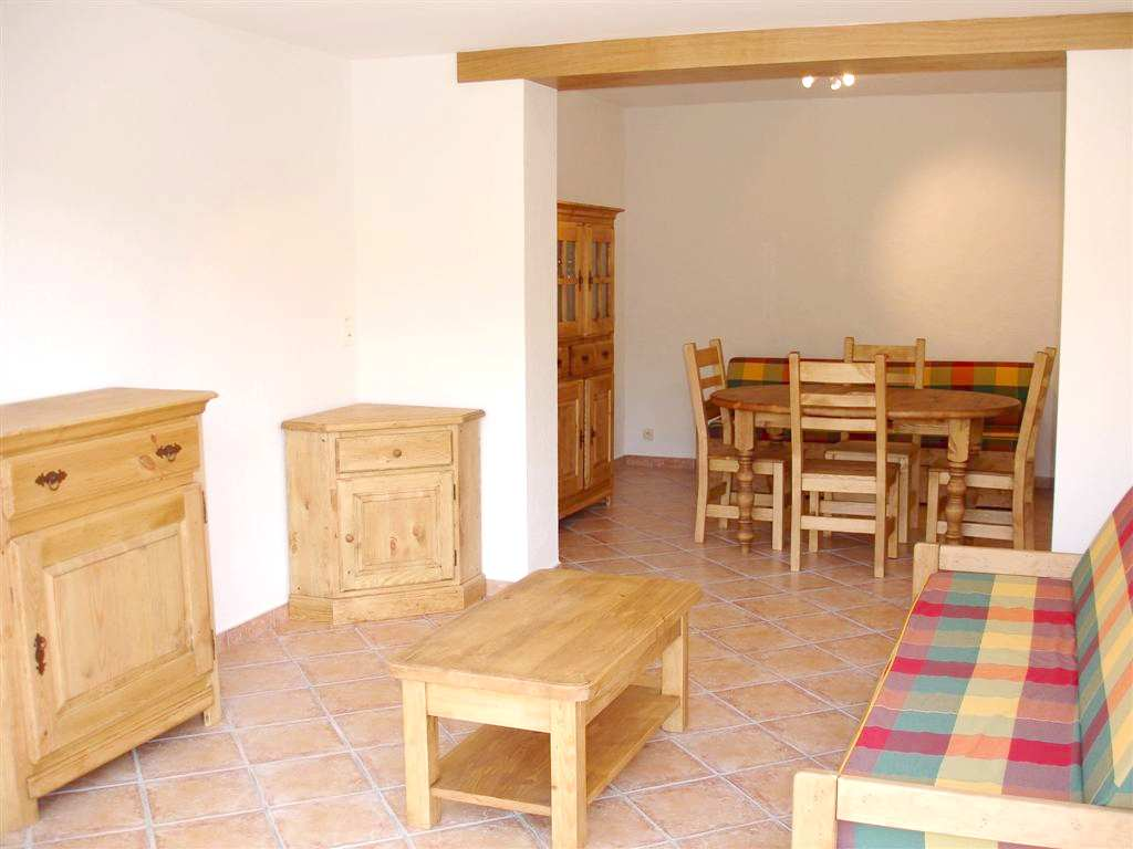 21-location-mini villa corse-sud-séjour2