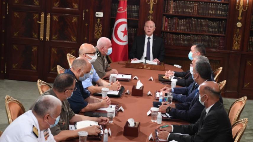 Τυνησία: Ο πρόεδρος ανέστειλε το Κοινοβούλιο και απέπεμψε τον πρωθυπουργό