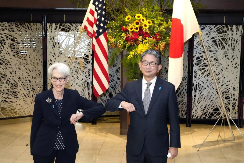 """Η Κίνα κατηγορεί τις ΗΠΑ για δημιουργία """"φανταστικού εχθρού"""" σε συνομιλίες υψηλού επίπέδου"""