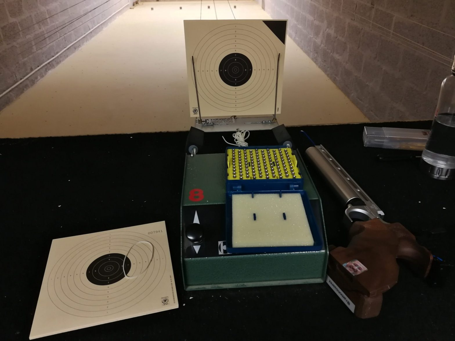 air-gun-targets-stand-sauvagere-shooting-range-brussels.