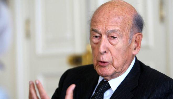 Ντ' Εστέν | Ο φίλος του Καραμανλή, που στήριξε ''σκανδαλωδώς'' την ένταξη της Ελλάδας στην ΕΟΚ