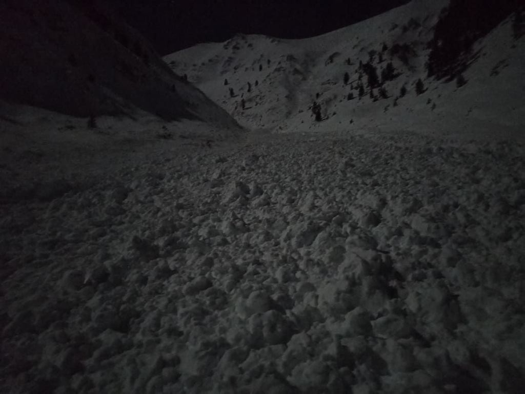 Φωτογραφίες από το σημείο της χιονοστιβάδας στον Όλυμπο- Οδηγίες από την Ελληνική Ομάδα Διάσωσης