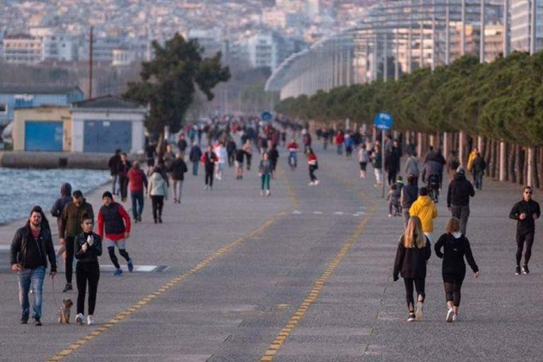 Τι θα ισχύσει το επόμενο διάστημα για Πάσχα, εστίαση, σχολεία και μετακινήσεις