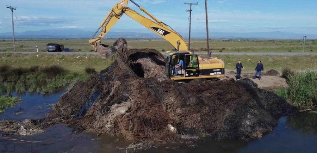 ΠΚΜ   400 πλαστικά βαρέλια και 15 τόνοι πλαστικά δίκτυα απομακρύνθηκαν από το βυθό