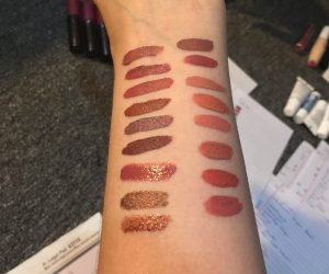 Lipstick swatch and destash-a-palooza part 2: Nudes and pinks