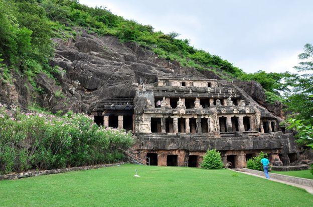 vijayawada-caves