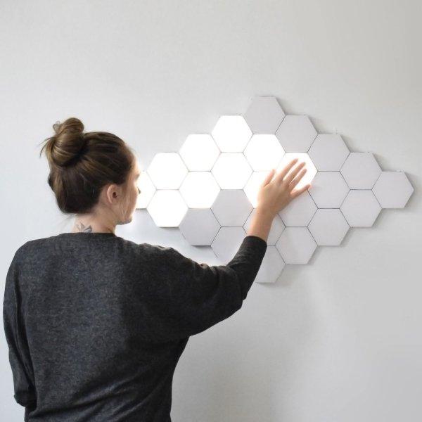 lumière murale hexagonale tactile s'allume au toucher