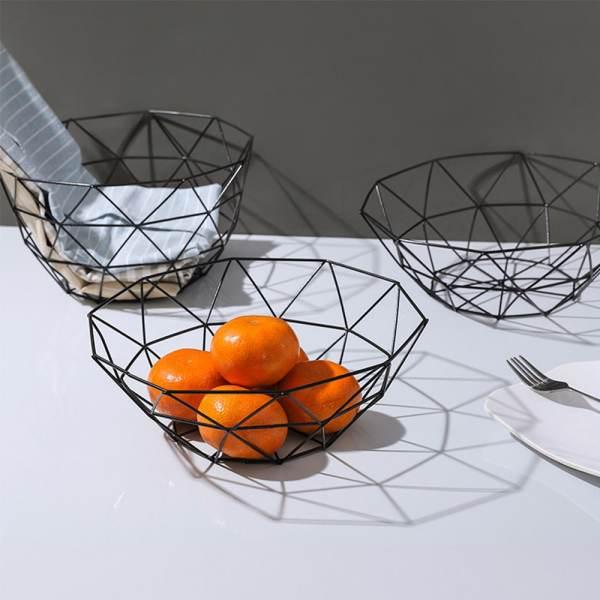 corbeille de fruit en métal noir moderne scandinave