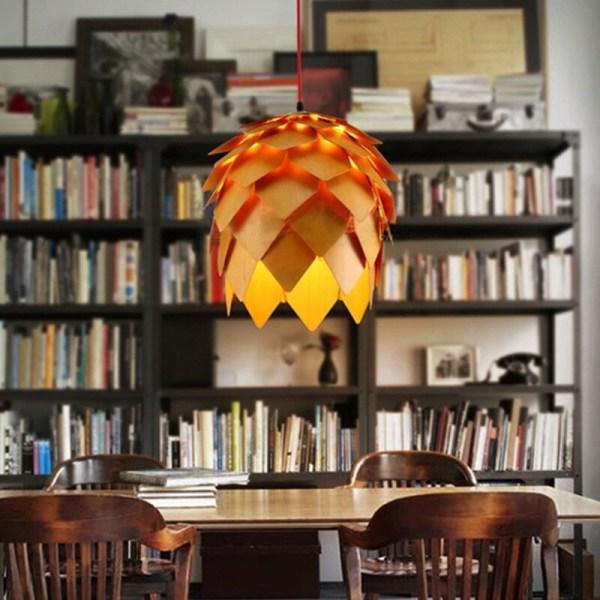 lampe bois en forme de pin décoration intérieur
