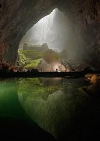 Massive Vietnam cave