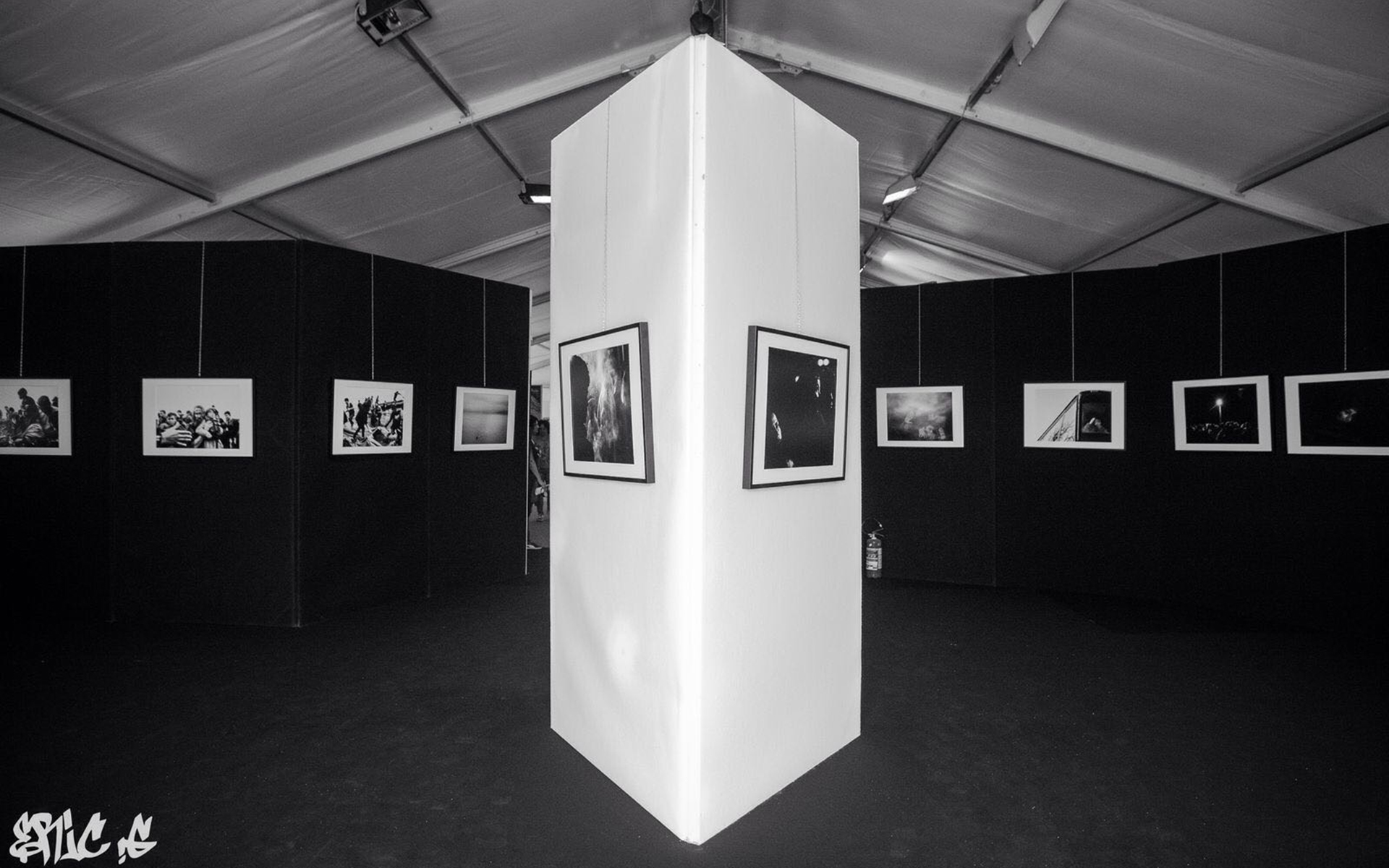 """Allestimento della Mostra  """"One Way Only"""""""