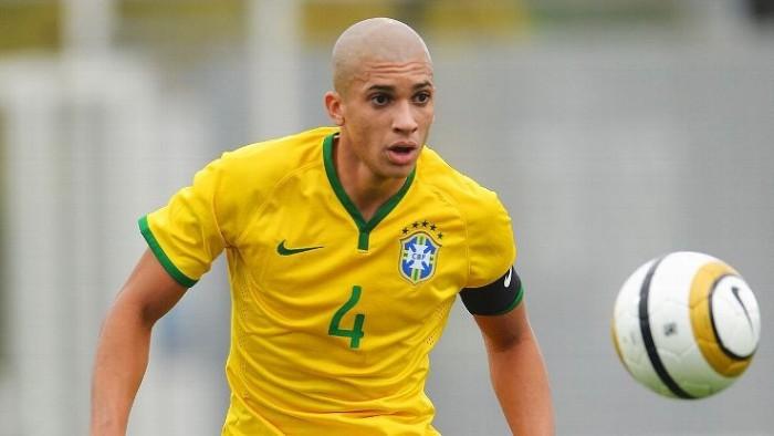 Doria avec le maillot du Brésil