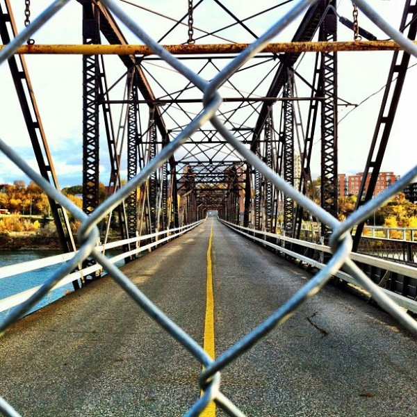 victoria bridge saskatoon
