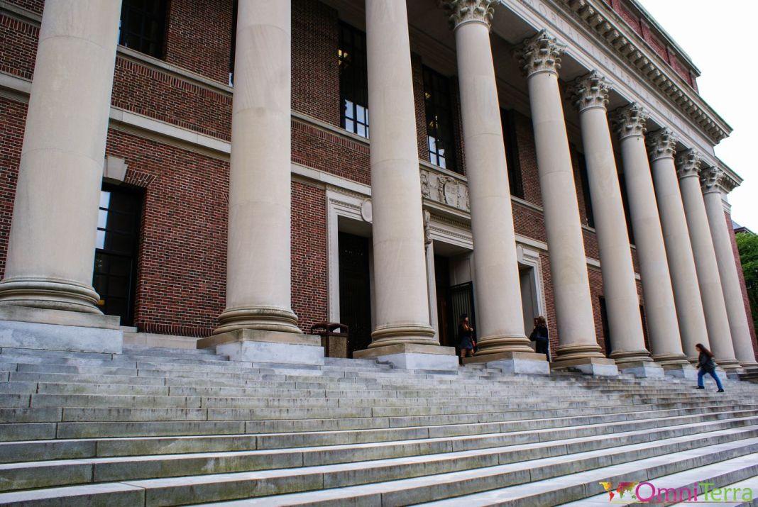 Harvard-campus-bibliothèque