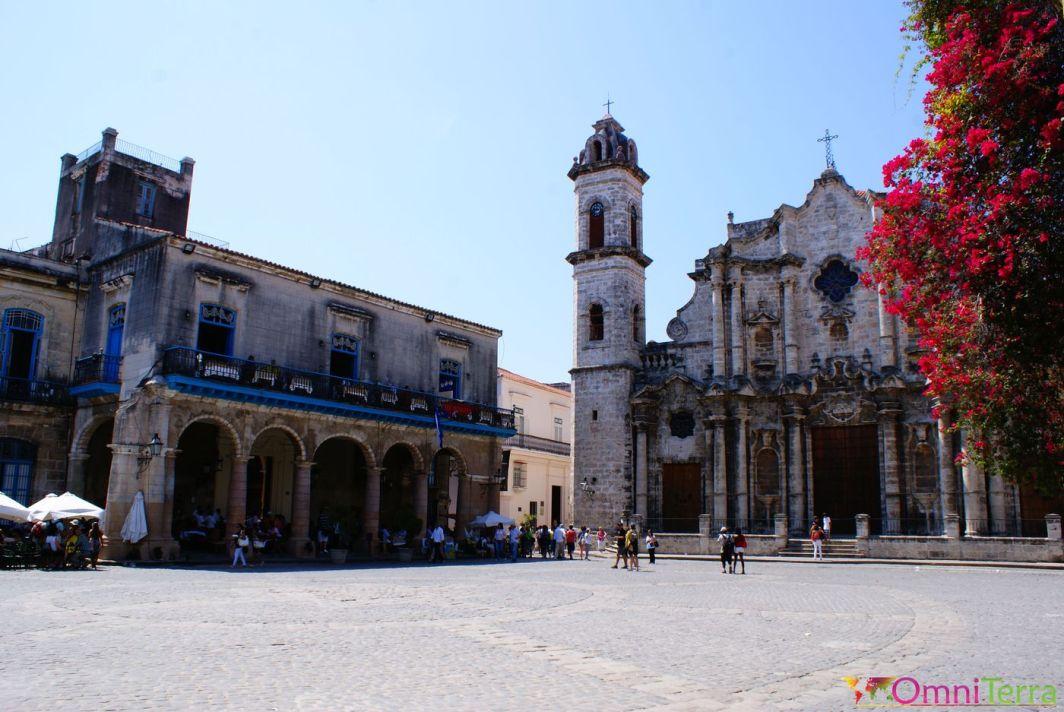 Cuba - Havane - Havana Vieja - Eglise et place