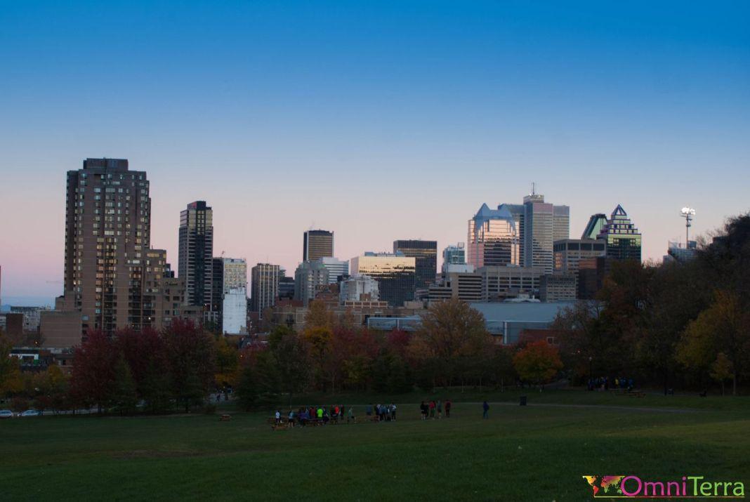 Montréal - Parc Jeanne Mance - Skyline