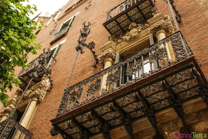 Barcelone-Eixample-Facade