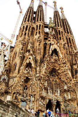 Barcelone-Sagrada-Família-Facade-de-la-Nativité