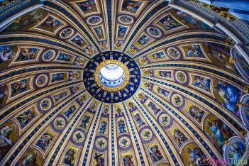 Rome-Vatican-Basilique-Saint-Pierre-coupole-centrale