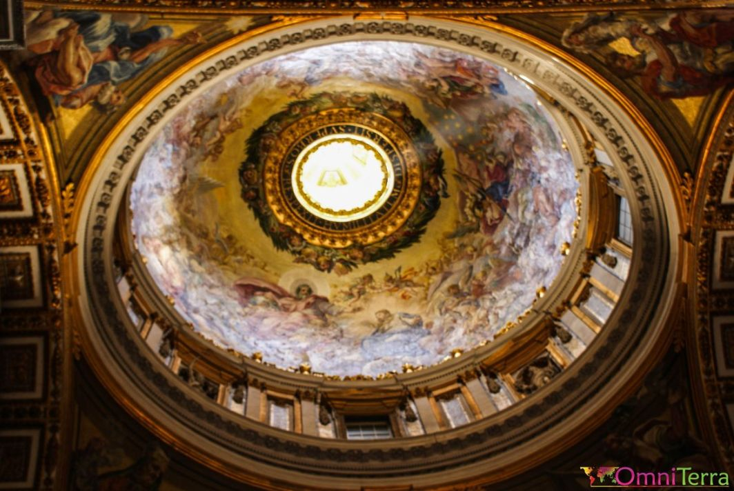 Rome-Vatican-Basilique-Saint-Pierre-coupole