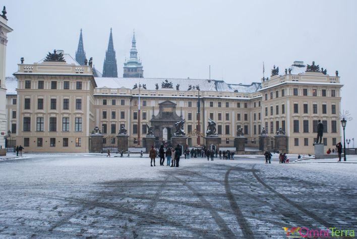 Prague-Mala-Strana-Chateau-de-Prague-Entrée