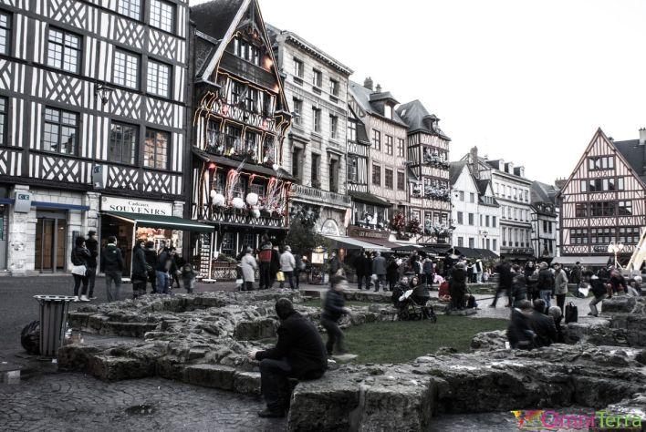 Rouen-Place-du-Vieux-Marché