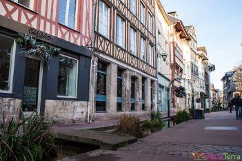 Rouen-Rue-Eau-de-Robec