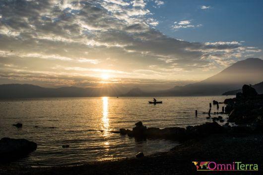 Guatemala - Atitlan - San Pedro - lever de soleil