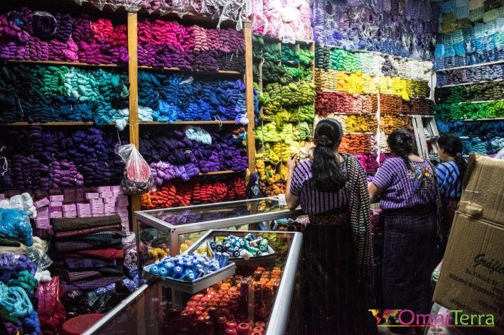 Guatemala - Atitlan - Santiago - boutique tissage