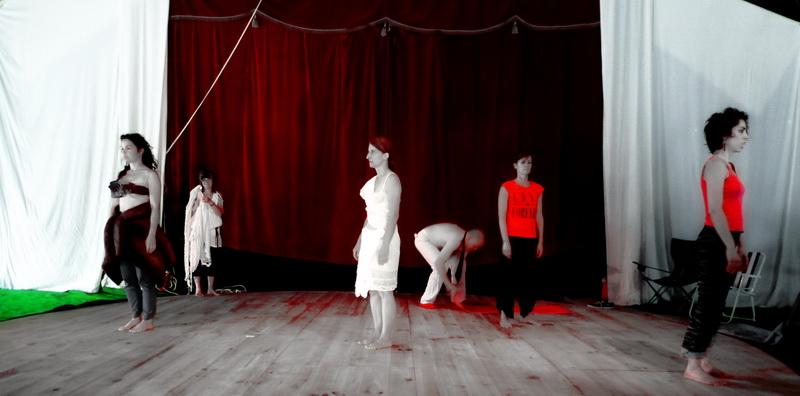 Performance au Chapiteau / Rendez-Fous, St.Mathurin