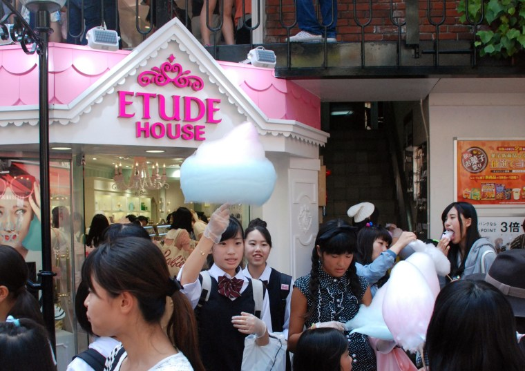 Om Nom Nomad - 100 things to do in Tokyo