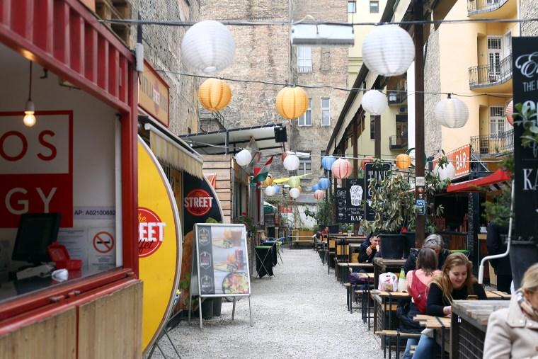 Budapest Street Food - OmNomNomad