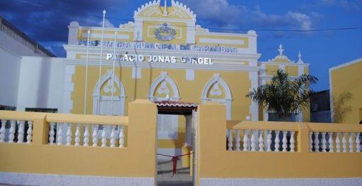 Resultado de imagem para prefeitura de caraubas