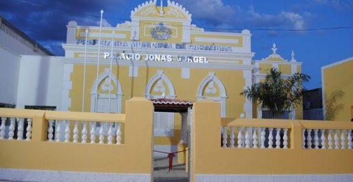 Justiça manda Prefeitura de Caraúbas indenizar servidora exonerada ...