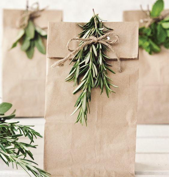 sac en papier cadeaux, emballer ses cadeaux pour Noël
