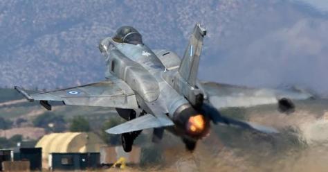 Η άσκηση φόρτωσης όπλων στα μαχητικά,η Σούδα και η επέμβαση στη Συρία