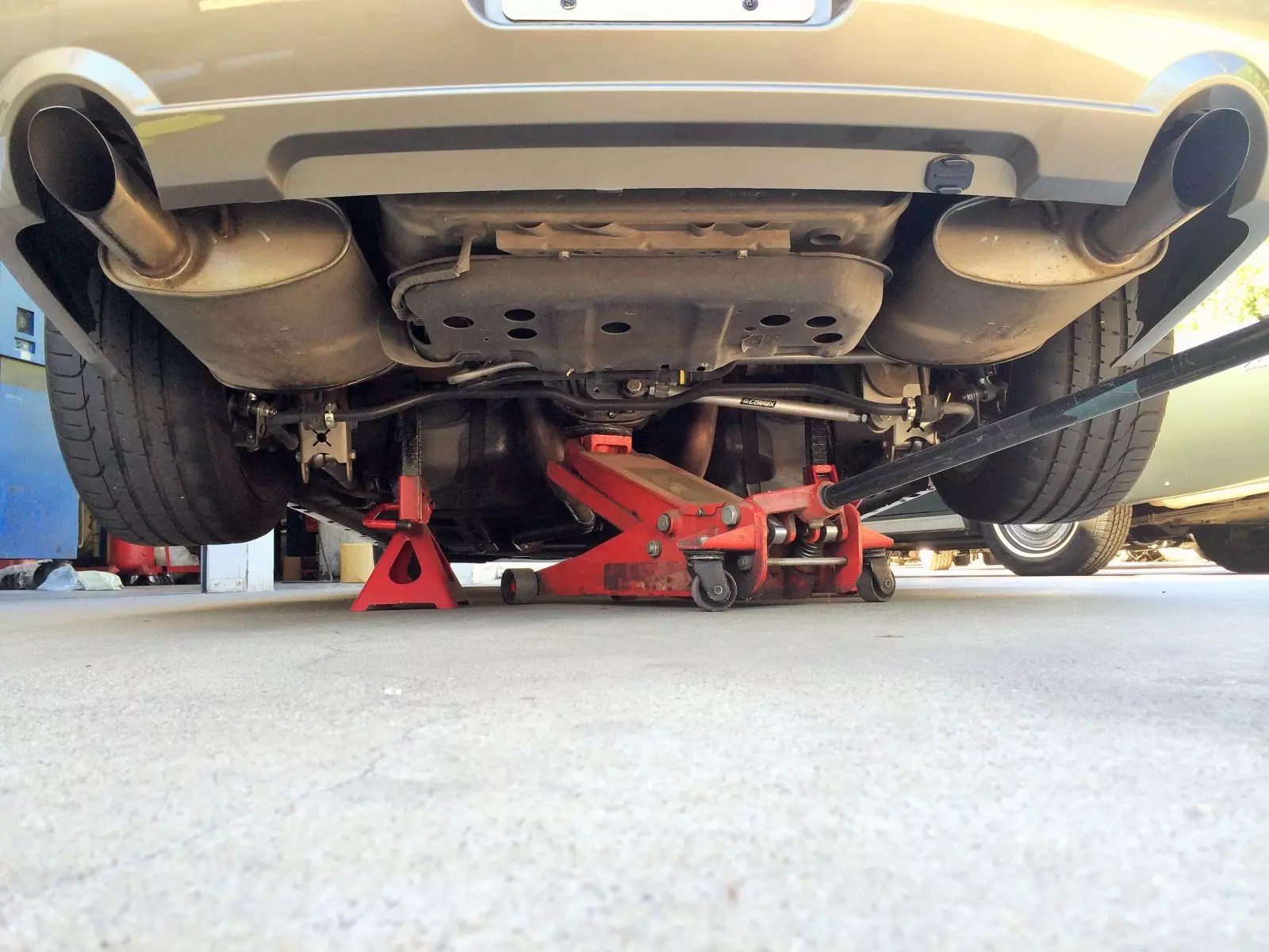 fr500 mufflers for 05 09 mustang gt