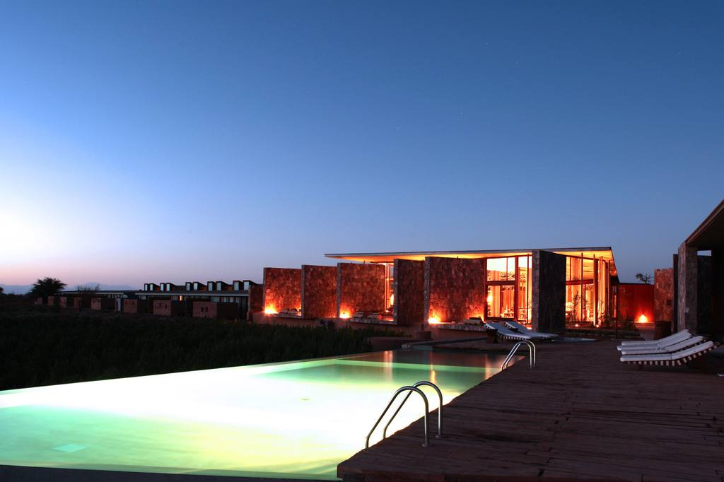 Tierra Atacama hotel and swimming pool