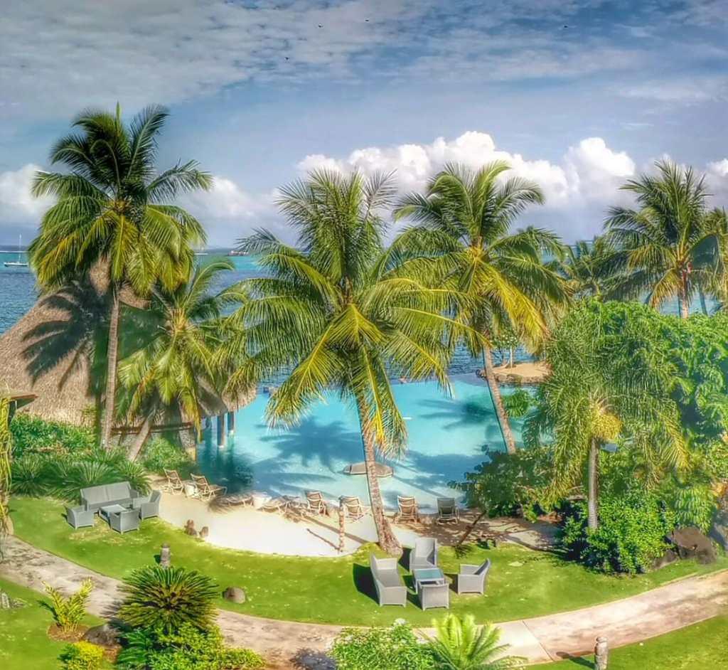 Christmas two days in Tahiti