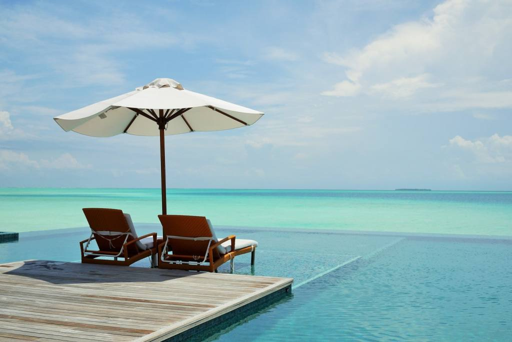 Infinity pool - Conrad Rangali