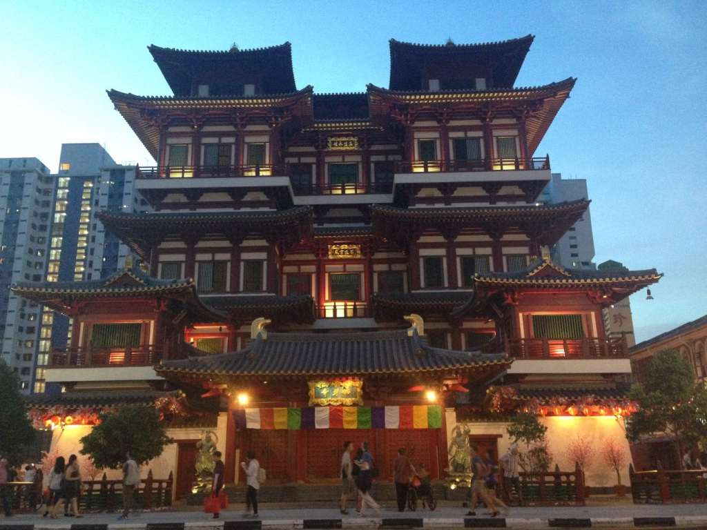 Temple of the Tooth for Chinese New Year in Singapore