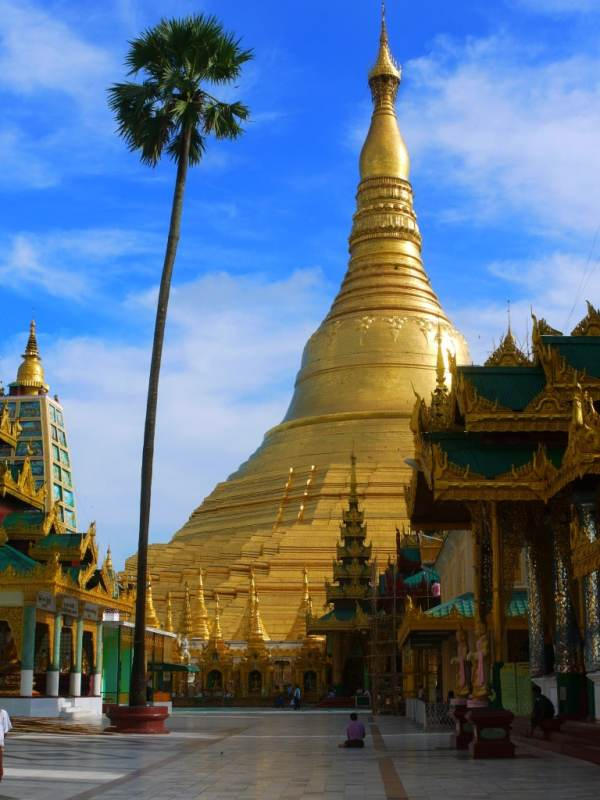 Swedagon pagoda Tourism in Yangon