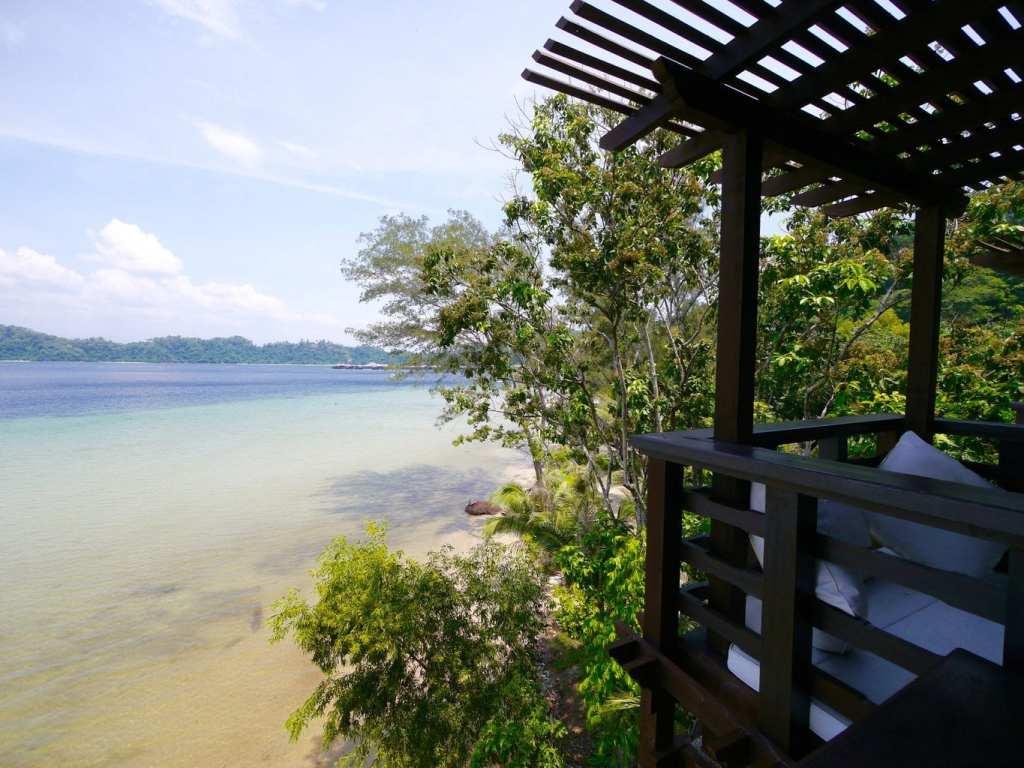 Gaya Island resort suite veranda