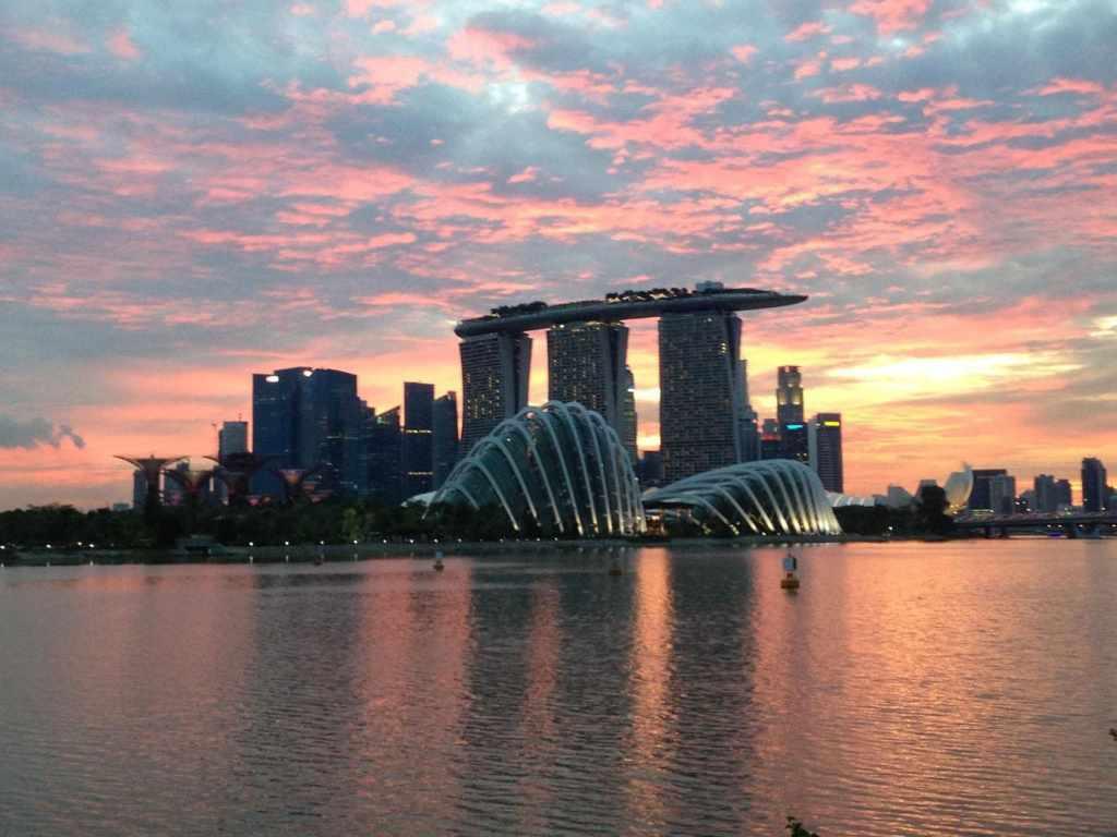 Sunset over the Marina Bay Sands and Singapore CBD
