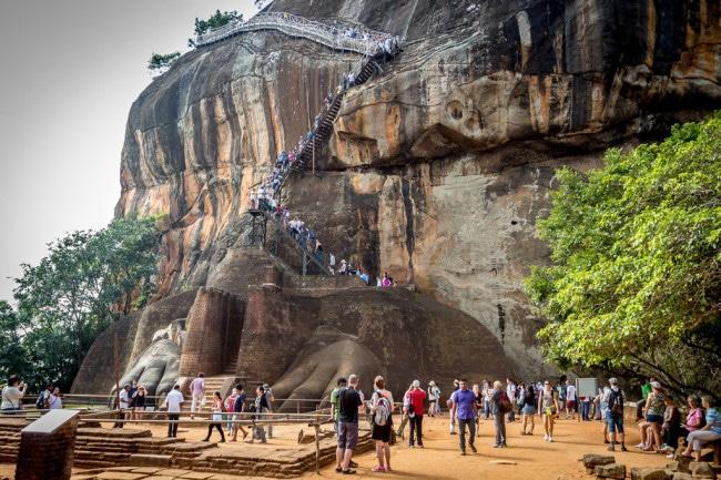 itinerary of Sri Lanka Lion Rock Palace