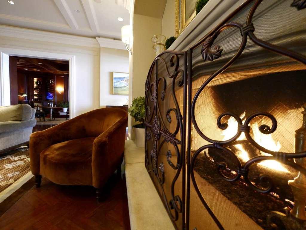 The Ritz Carlton Half Moon Bay Lounge