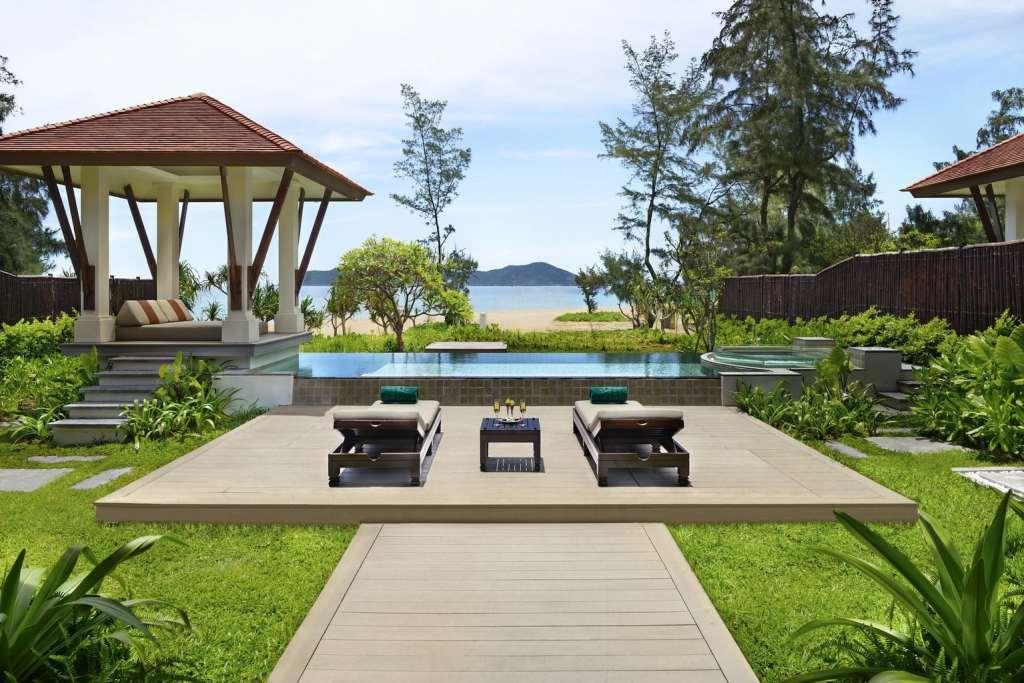 Banyan Tree Lang Co Beach Villa