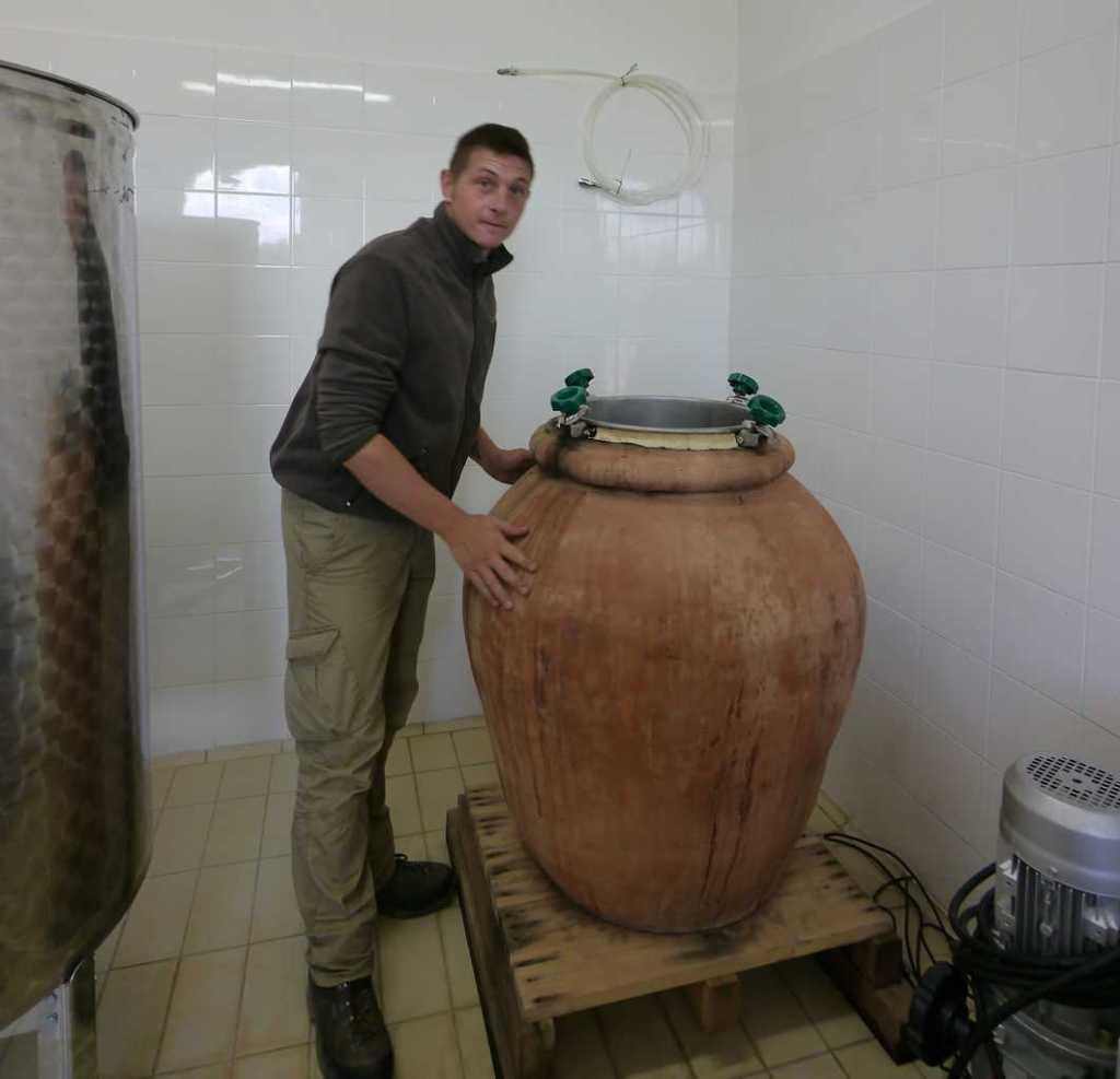 Podere Erica terracotta jars for biodynamic wines