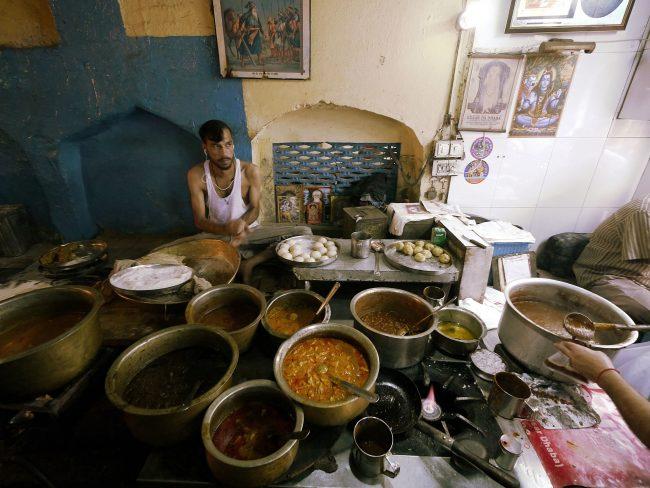 """Making kulcha at Kesar da Dhaba'"