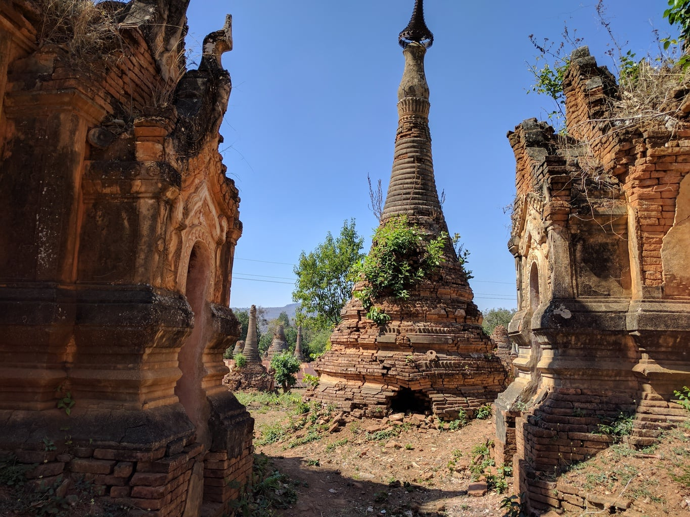 Ancient In Dein Stupas